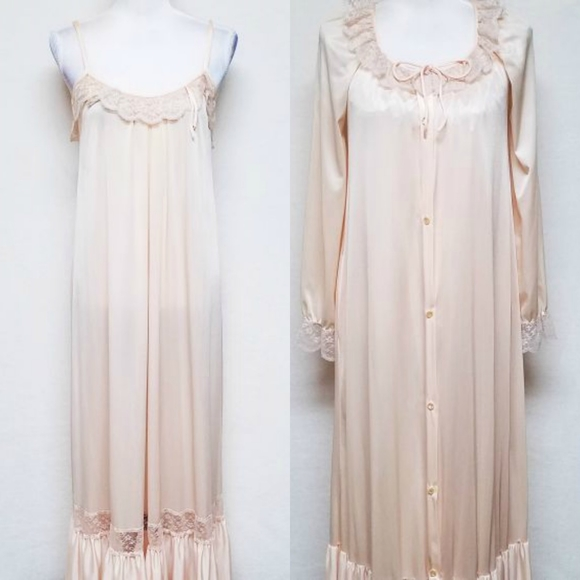 Vintage Other - Vintage 50s Kayser Peach Lace Maxi Lingerie Robe